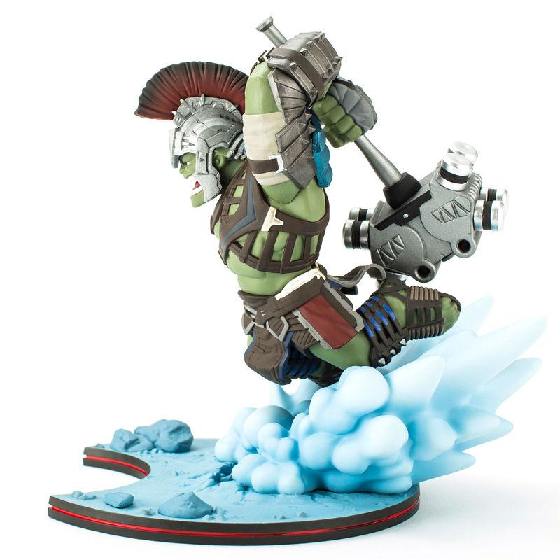 Figura diorama Hulk con Martillo de Thor Marvel 18cm