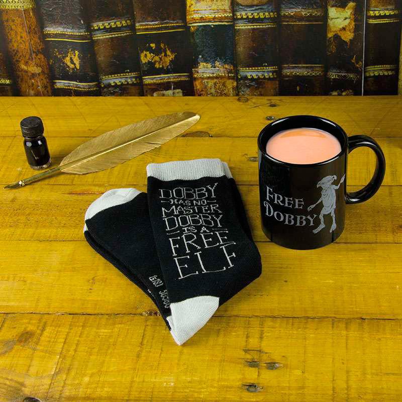 Set taza + calcetines Dobby Harry Potter