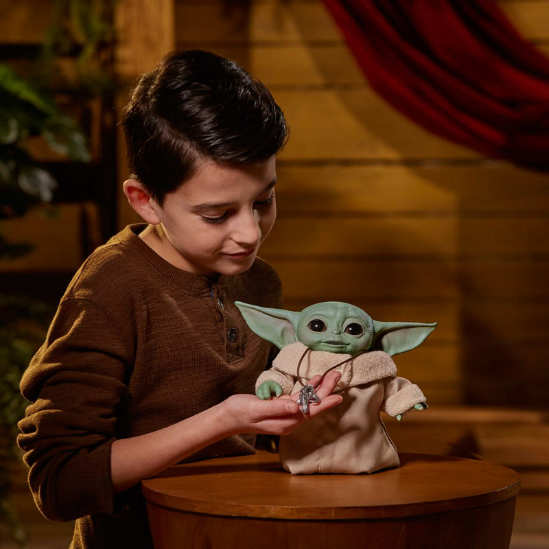 Figura Animatronica Baby Yoda The Child Star Wars The Mandalorian By Hasbro (4)
