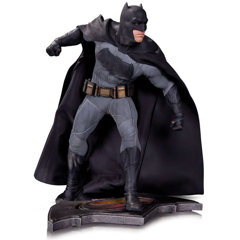 Figura Batman vs Superman Amanecer de la Justicia 35cm
