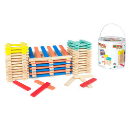 200 stacking wooden blocks